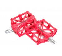 Педали 00-170835 алюминиевые H32 широкие литые с шипами. 92*95*15мм, 388 г красные HORST