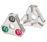 Захват/съемник д/спиц 6-14001 Cr-Mo 0.127''/0.130''/0.136'' (3,2/3,3/3,5мм) YC-1A ″трeугольный″ серебристый BIKEHAND
